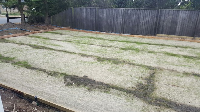 Hessian Grass Strike Mesh image 1