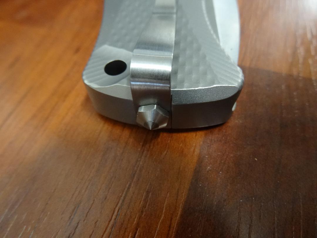 LionSteel Integral Flipper Sliepner Drop Point , Gray Titanium Handles - SR11 G image 4