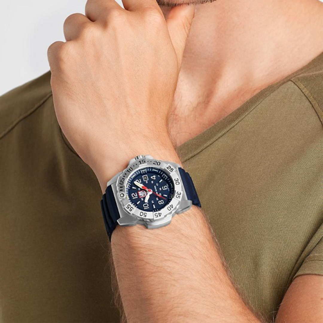 Luminox 3253 Navy Seal Steel Blue Strap Watch image 2