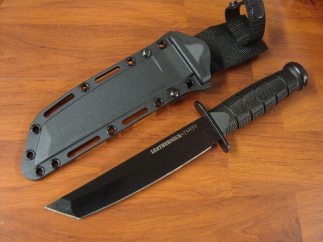 Cold Steel Leatherneck Tanto Knife New Version D2 Steel image 0
