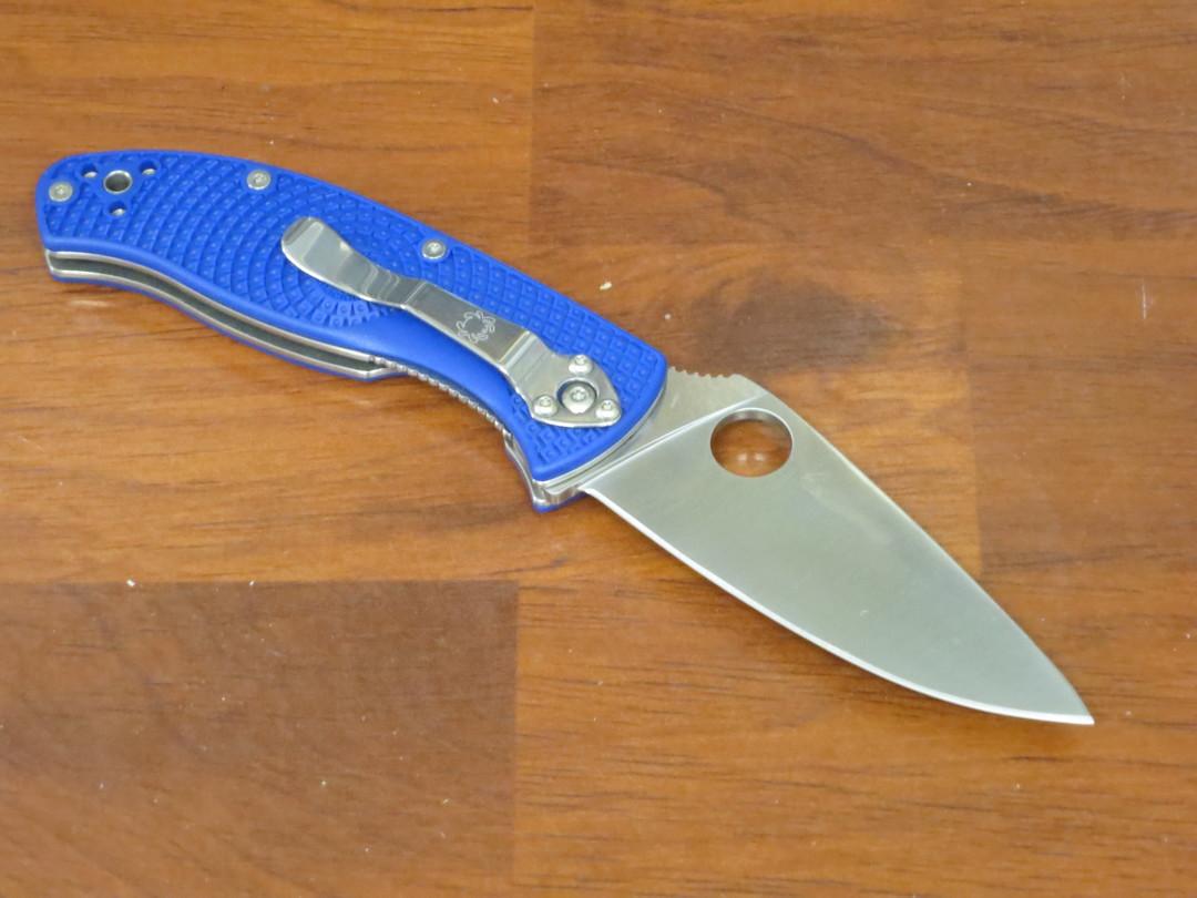Spyderco Tenacious Lightweight Folding Knife S35VN Blade, Blue FRN Handles image 1