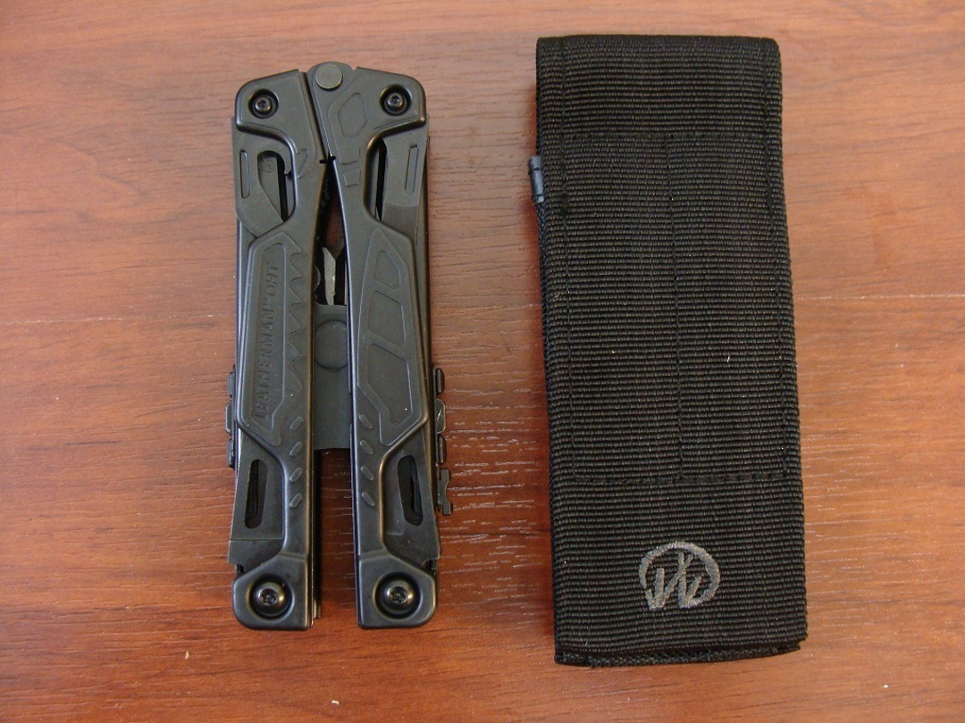 Leatherman OHT Black Multi-Tool - W/ Sheath image 1