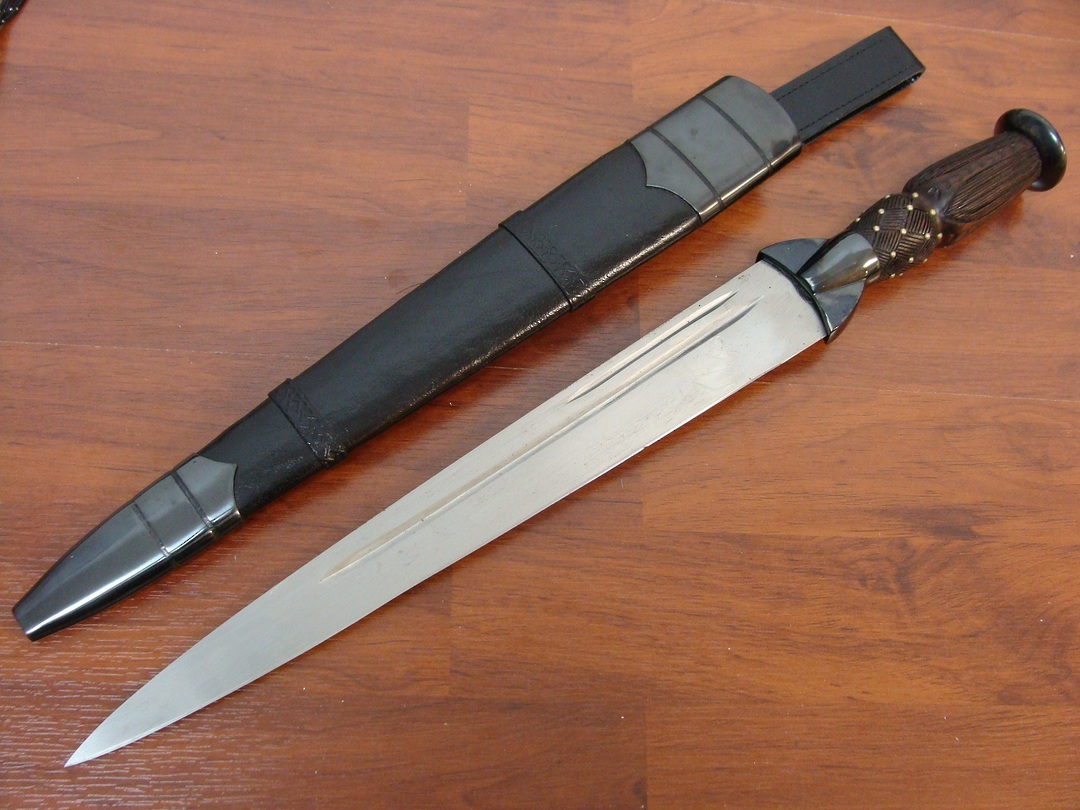 Cold Steel Scottish Dirk Sword image 0
