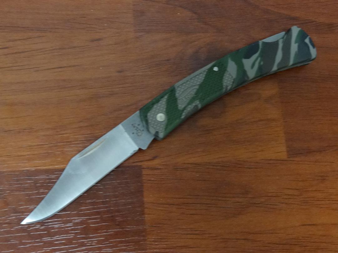 "Case Cutlery Caliber Camo Lockback 3.75"" Folding Knife - 118 image 0"