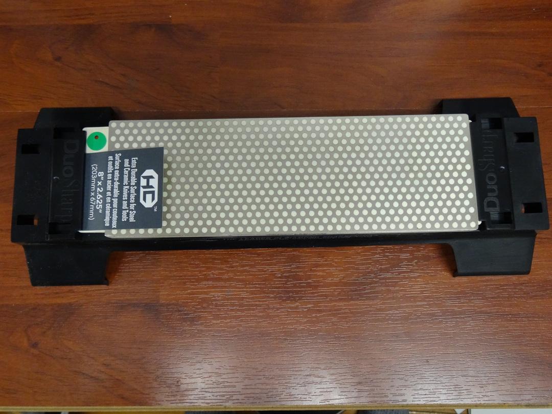 """DMT 8"""" DuoSharp Bench Stone Extra-Fine/Fine Hardcoat Surface with Base image 0"""