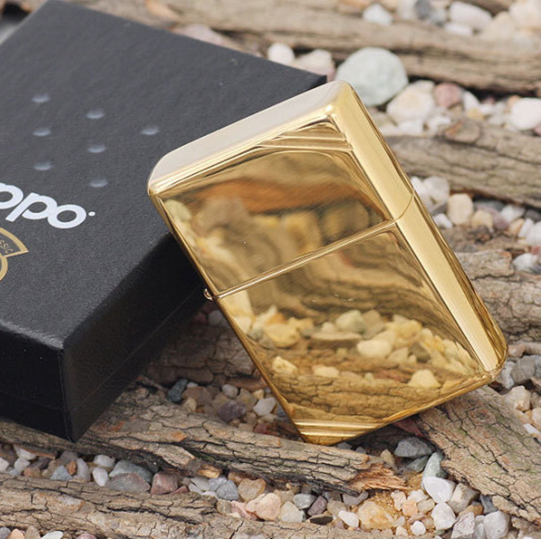 Zippo Vintage w/Slashes High Polish Brass Lighter image 0