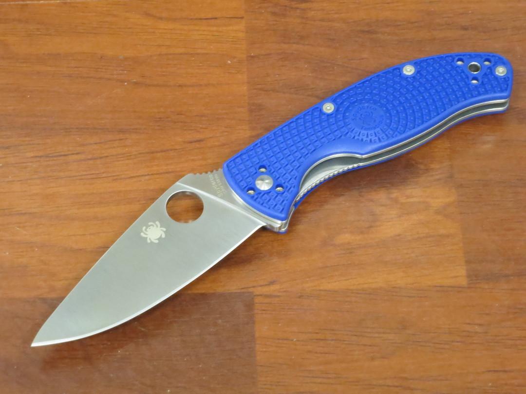 Spyderco Tenacious Lightweight Folding Knife S35VN Blade, Blue FRN Handles image 0