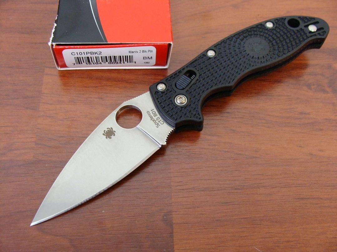 Spyderco Manix 2 Plain Edge Knife - Black image 0