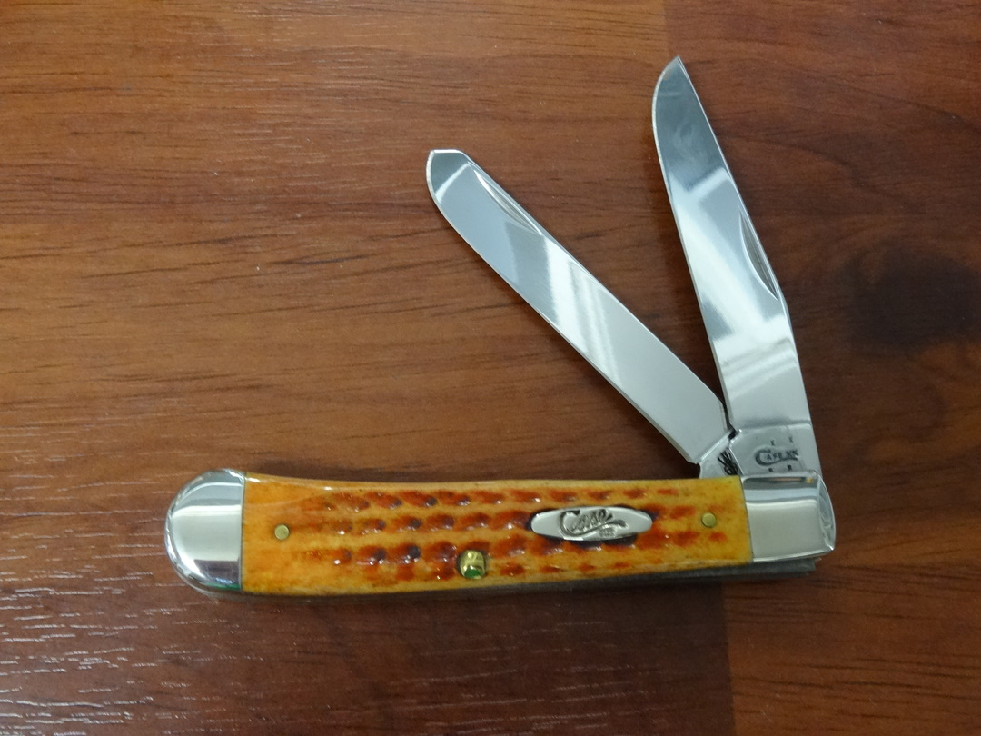 Case Cutlery Jigged Harvest Orange Bone Trapper Pocket Knife - 7401 image 0