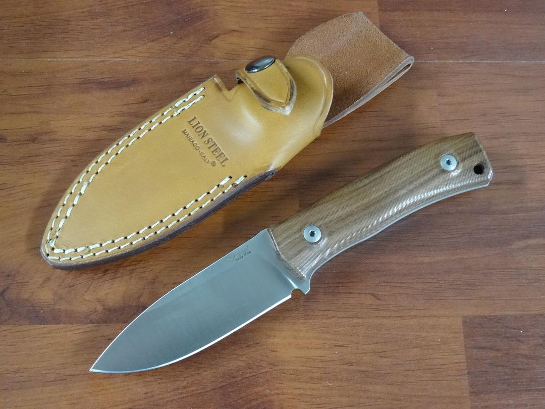 LionSteel M4 ST Bushcrafting M390 Plain Blade, Santos Wood Handles, Leather Sheath image 0