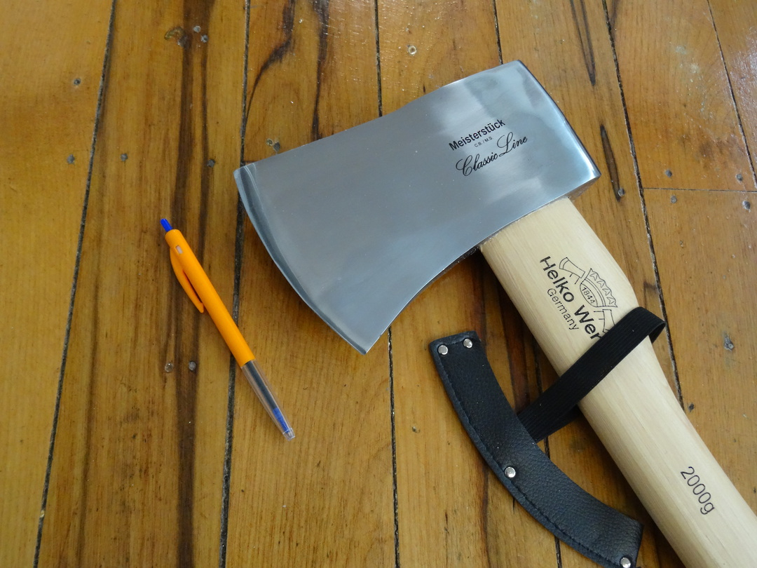 HELKO Classic Expedition Axe 2000g image 1