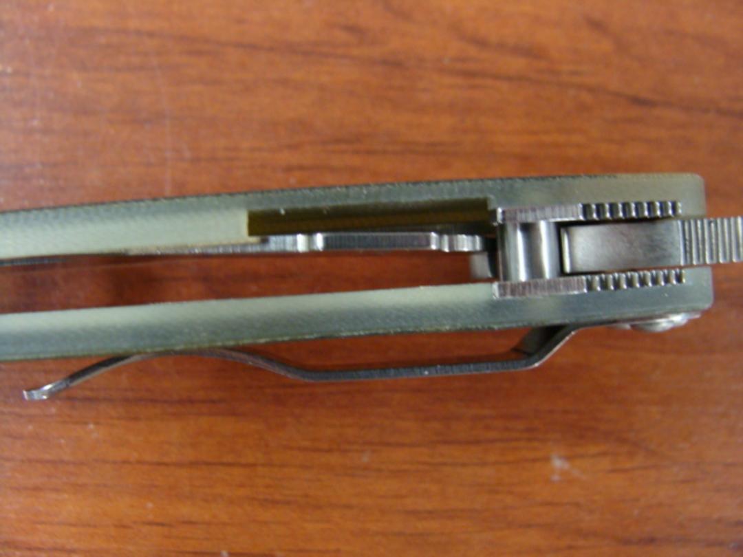 Spyderco ParaMilitary 2 Digital Camoflage S30V Folding KNife image 2