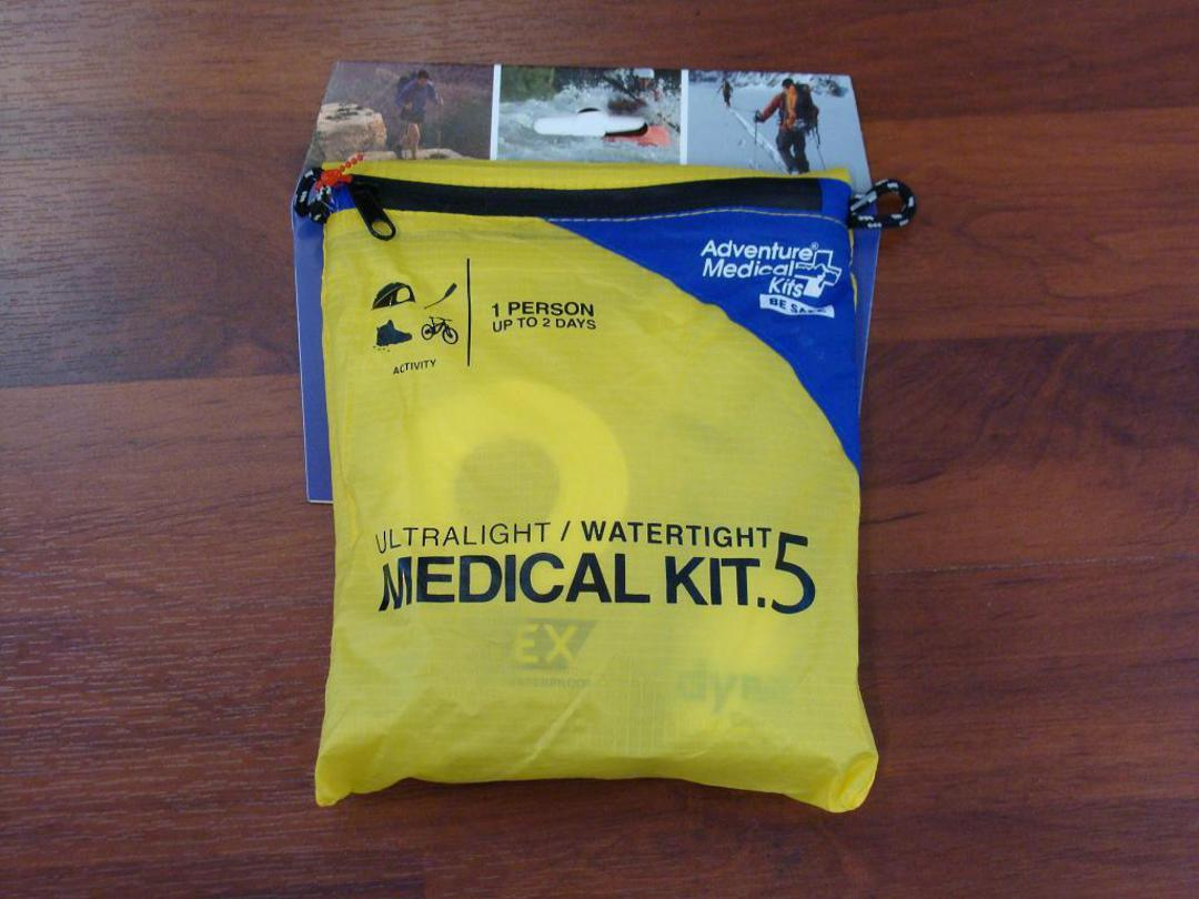 Adventure Medical Ultralight and Watertight kit 0.5 image 0