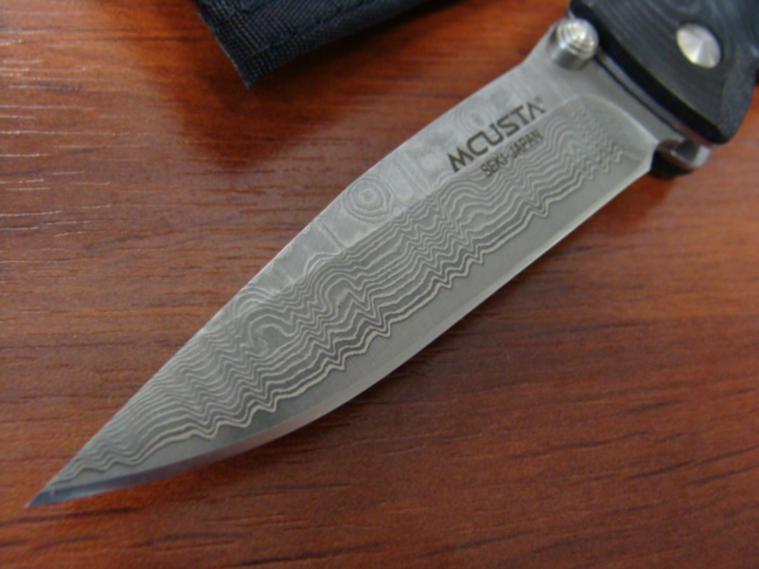 Mcusta Damascus Basic Folder Black Micarta Handle W/sheath image 1