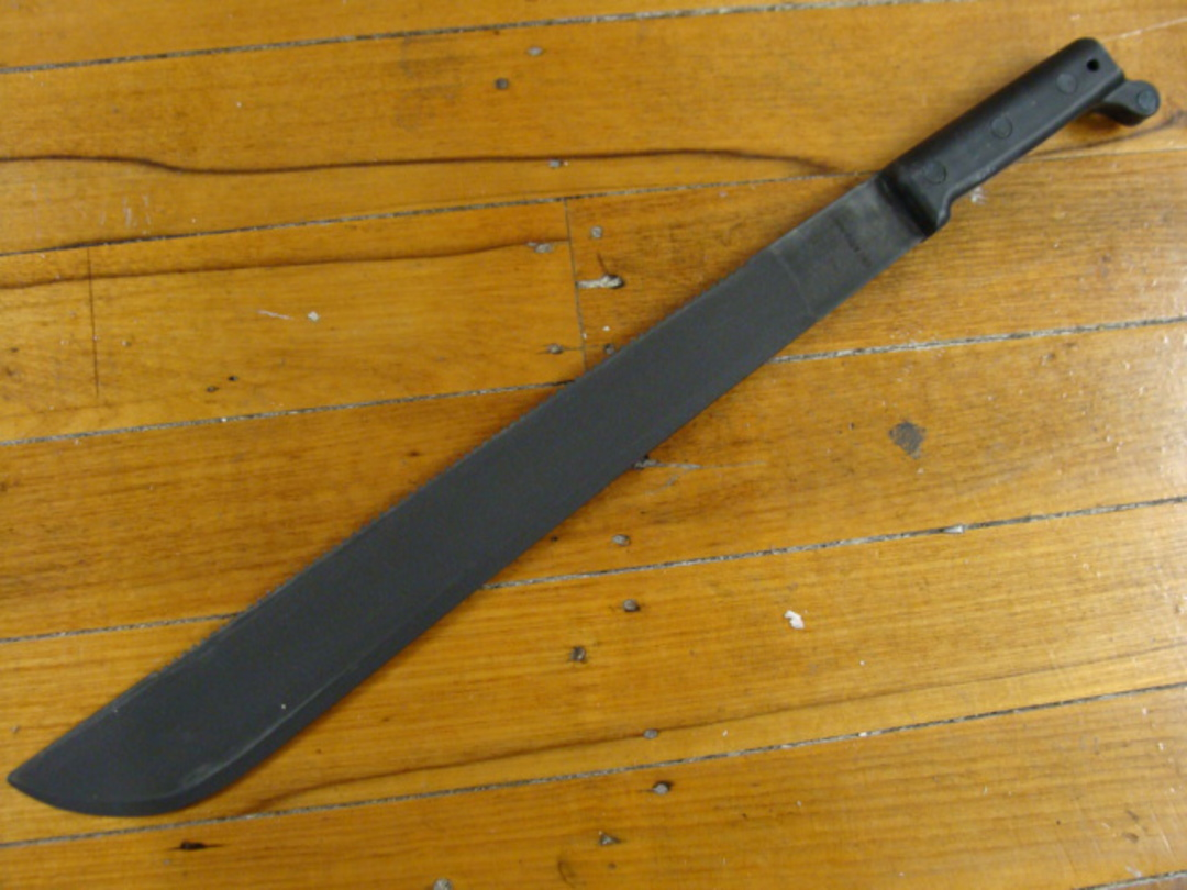Ontario 18'' SBK Machete - Sawback image 0