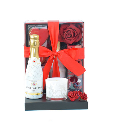 Queen of Hearts Gift Box image 0