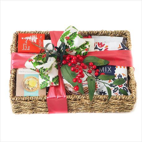 Christmas Treats Gift Basket image 0