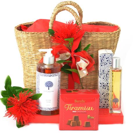 Simple Pleasures Gift Basket image 0