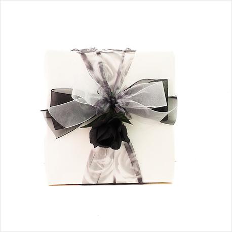 Scrubs Up Gift Box image 1