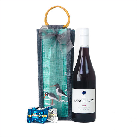 The Oyster Catcher Wine Gift image 0