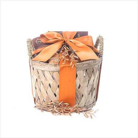 Tempting Treats Gift Basket image 0