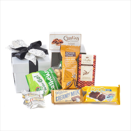 A Little Delight Gift Box image 1