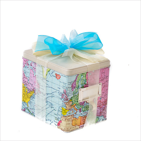 The World Traveller Gift Tin image 1