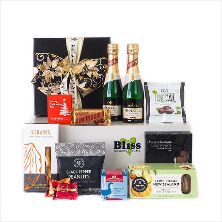A Christmas Symphony Gift Box image 1