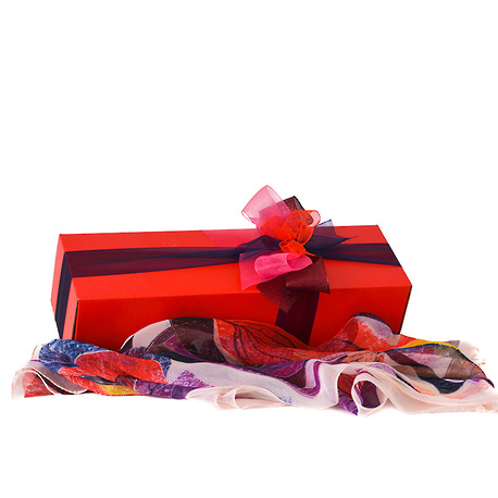 Spoil Her Gift Box image 2