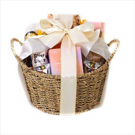 A Hug Gourmet Gift Basket image 2