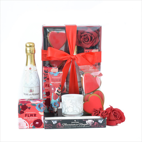 Queen of Hearts Gift Box image 1