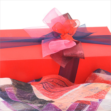 Spoil Her Gift Box image 1