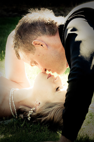 photography photo image nelson nz new zealand wedding bride boutique_photography kiss