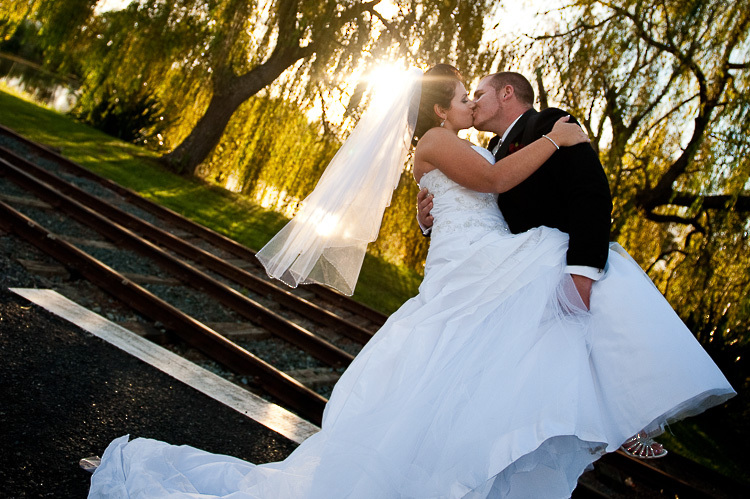 bride and groom love wedding romance glamour nelson nz dip founders park