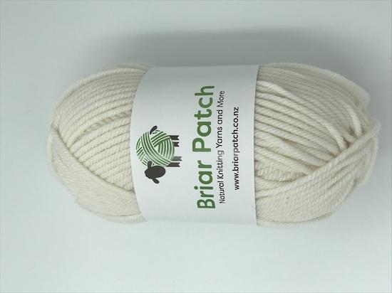 Lammermoor Merino 10 Ply Mens Zip Front Sweater Kit image 4