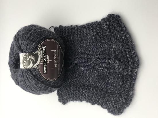 65% Wool and 35% Hemp - Double Knitting / 8 Ply Weight  - Riviera image 1