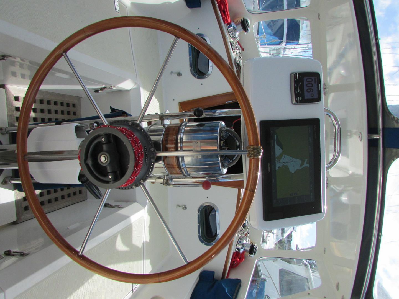 Tashiba 40 Offshore Cruiser - Robert Perry Design image 24