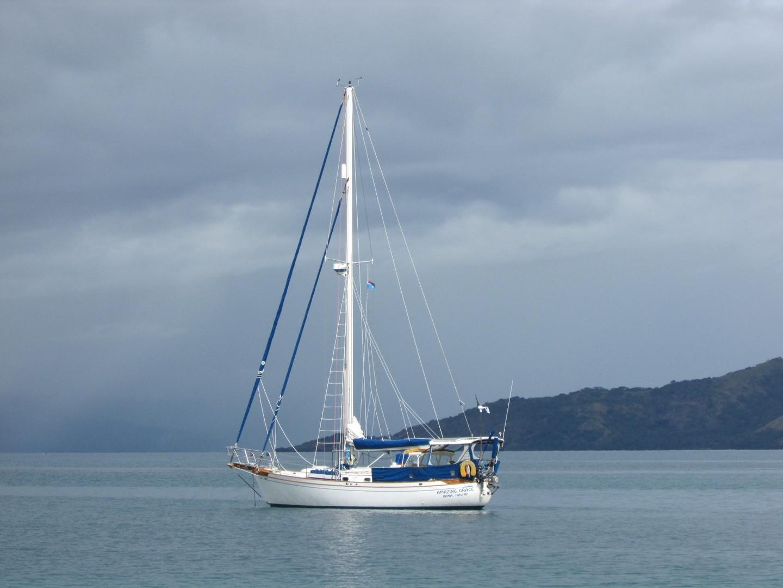Tashiba 40 Offshore Cruiser - Robert Perry Design image 2