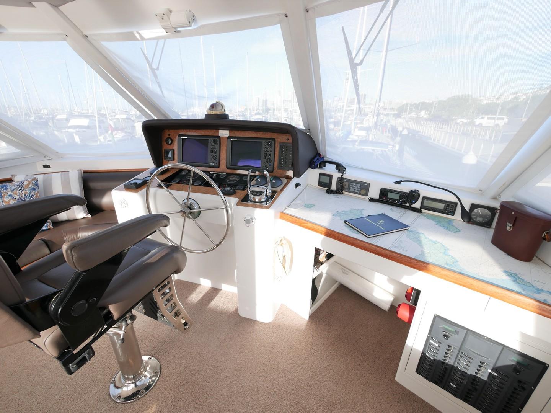 Roger Hill Power Catamaran -1998 image 20