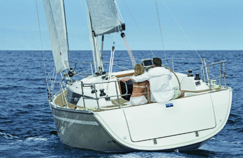 Bavaria Cruiser 34 image 1