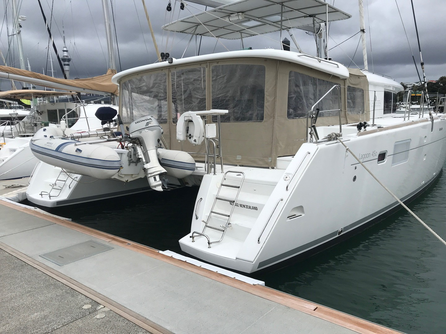 Lagoon 450 Flybridge- Price reduced image 21