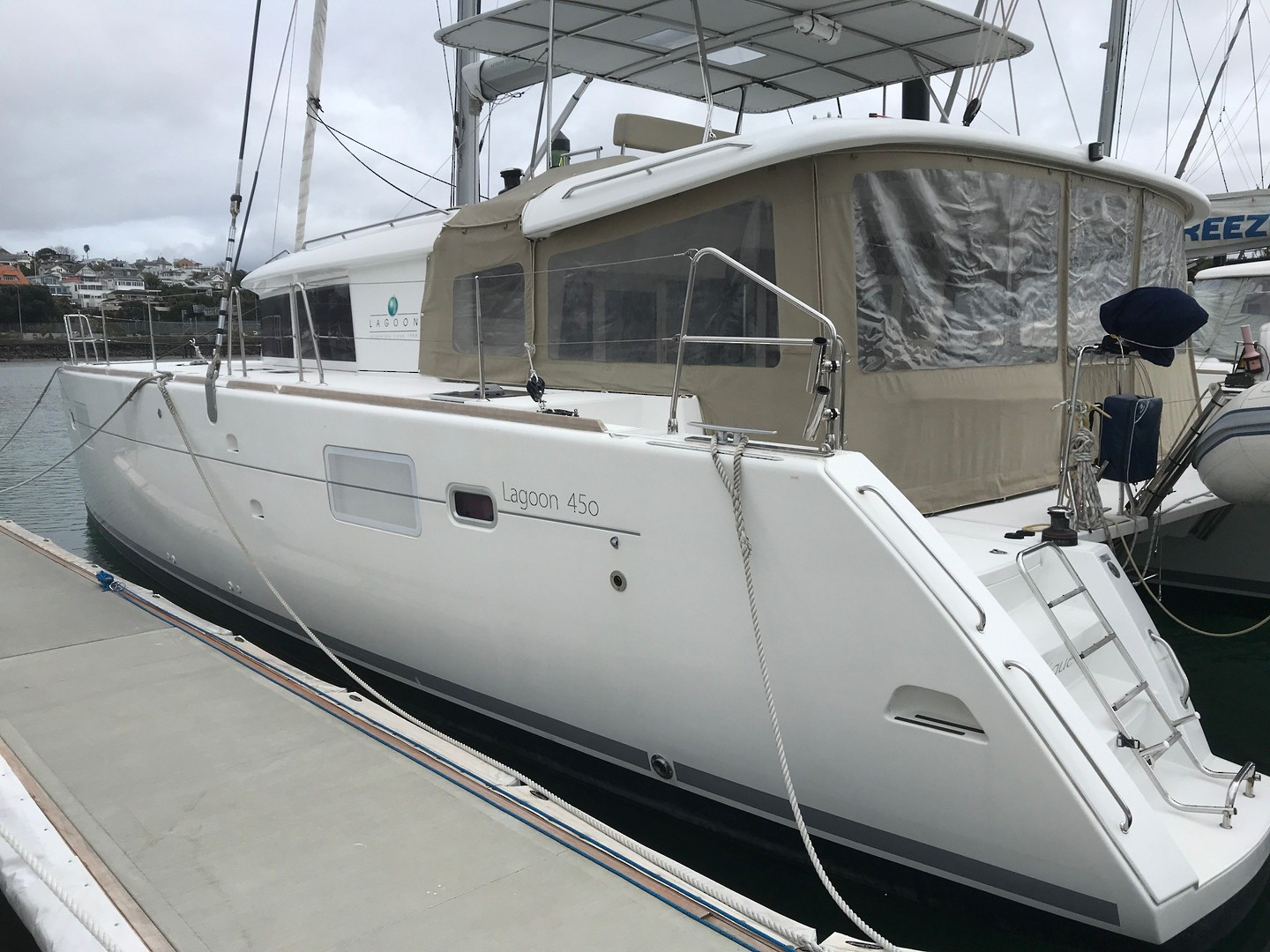 Lagoon 450 Flybridge- Price reduced image 20