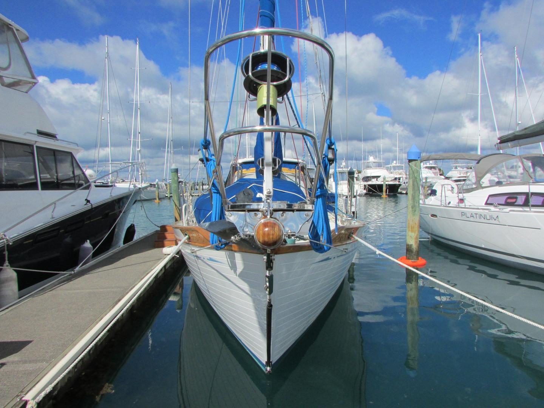 Tashiba 40 Offshore Cruiser - Robert Perry Design image 7