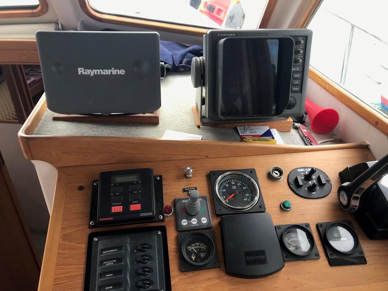 12 Pelin Talisman - Trawler Style image 10