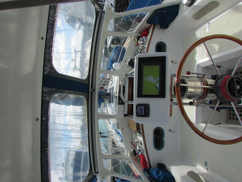 Tashiba 40 Offshore Cruiser - Robert Perry Design image 25