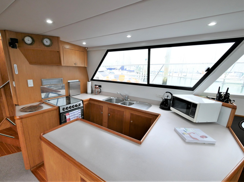 Roger Hill Power Catamaran -1998 image 5