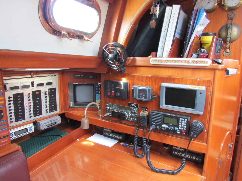 Tashiba 40 Offshore Cruiser - Robert Perry Design image 36