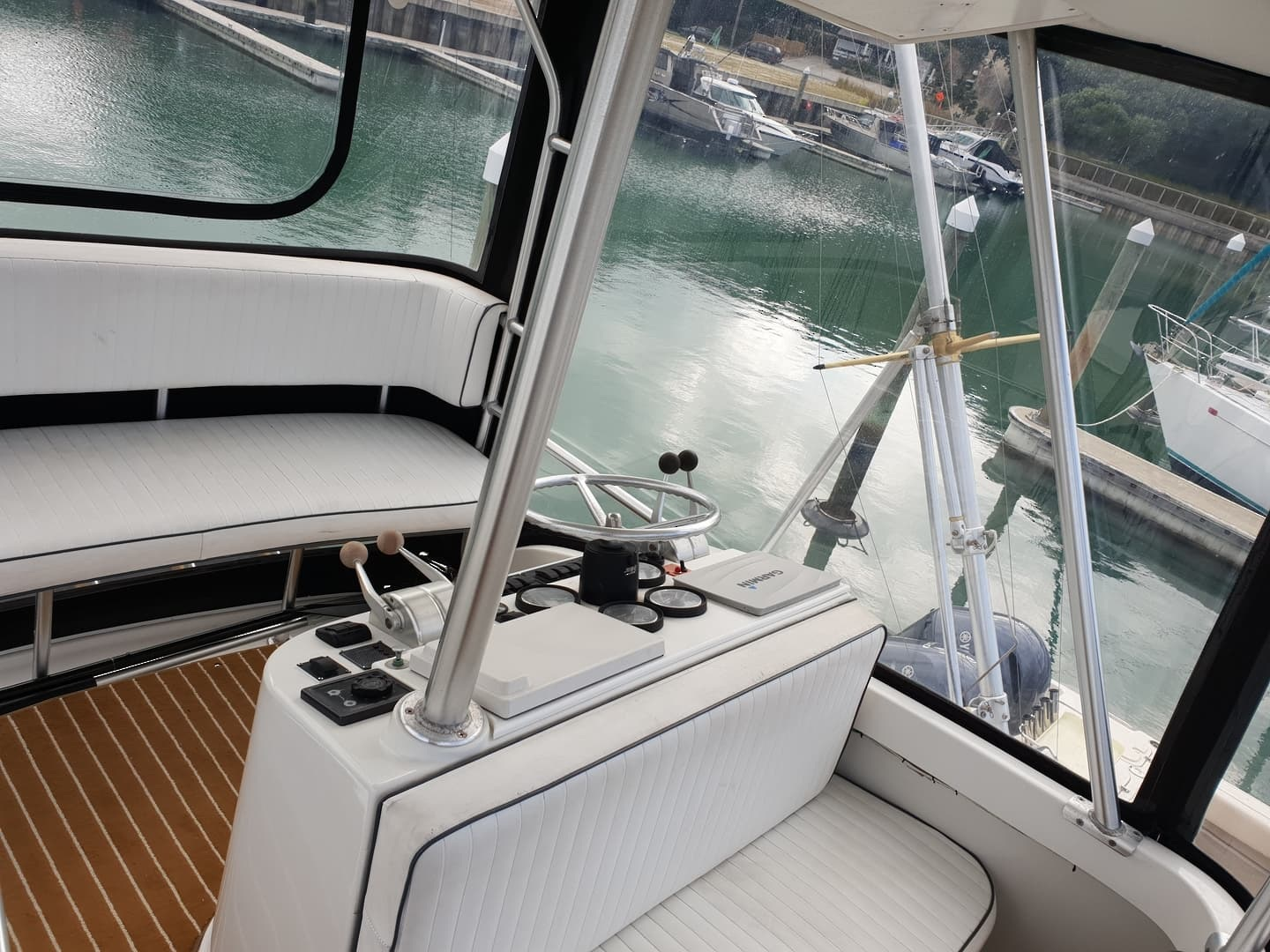 Luhrs 35 image 5