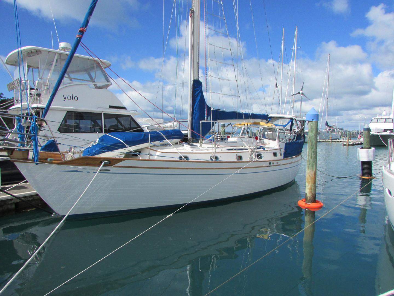 Tashiba 40 Offshore Cruiser - Robert Perry Design image 6