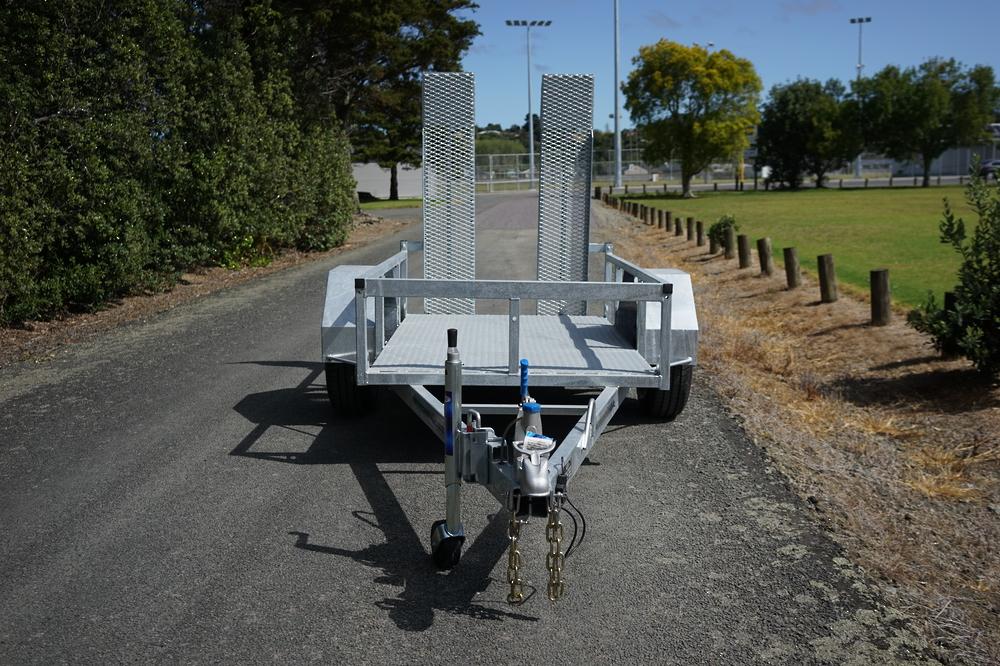 Single Axle Scissor Lift Trailer 2100 x 1220mm Braked image 3